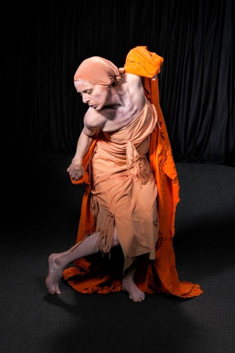 261b Lani orange cloth
